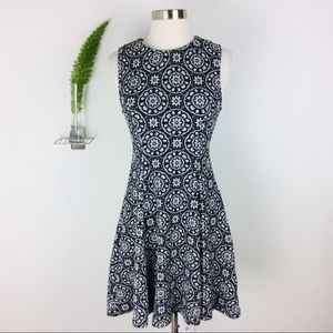 NWT Zara Woman Beautiful Floral Dress Size (S)